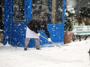 There's a limited time for buildings/store/restaurant owners to get their sidewalks cleaned before they're fined. Law suits have no such delay.