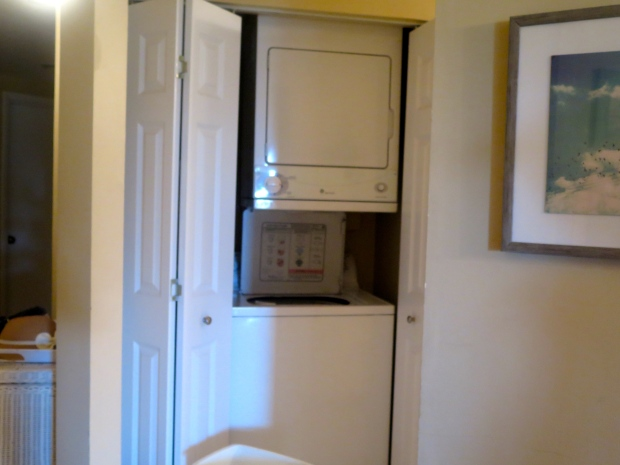 This was one of my favorite parts of the vacation. A washer and dryer IN the apartment! Mundane but true.