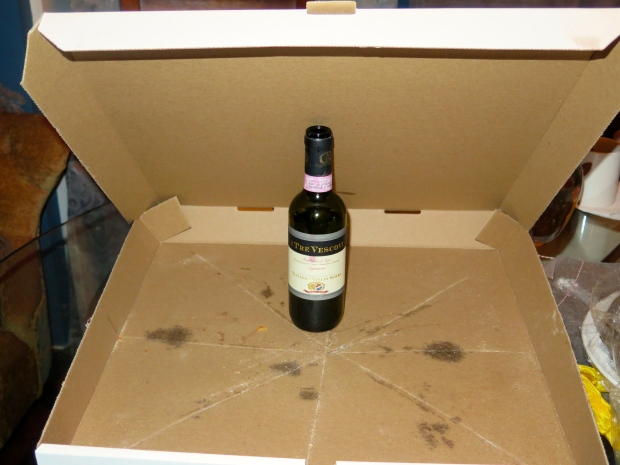 Wine from Italy, pizza from NY, a perfect pairing in Fringeland